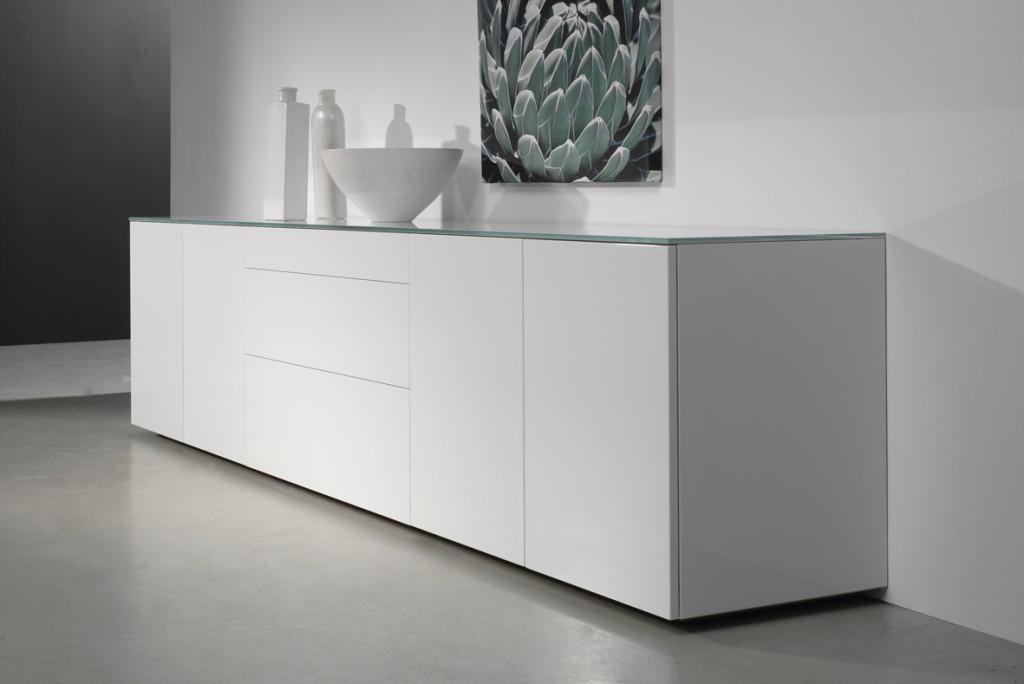 karat dressoir karat kasten dressoirs. Black Bedroom Furniture Sets. Home Design Ideas