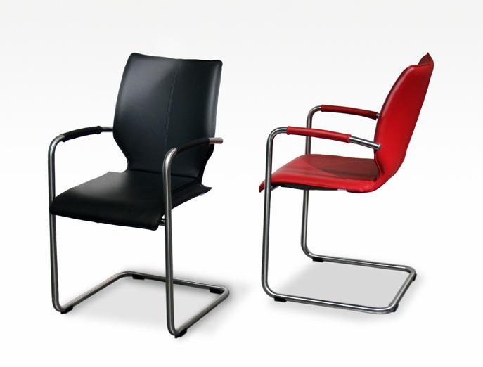 Bree 39 s new world lunette zwart en rood hoogebeen interieur - Eetkamer rood en zwart ...