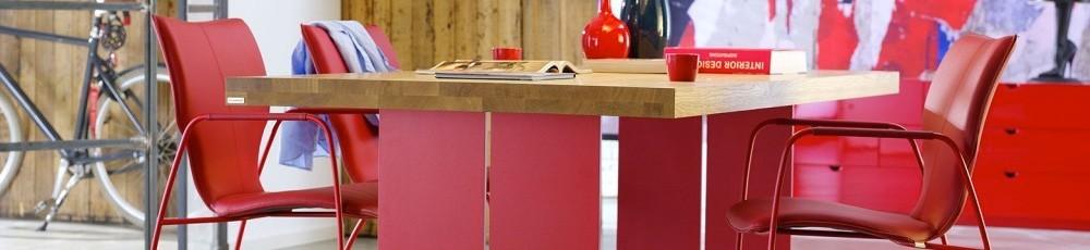 Design meubels voor een design interieur