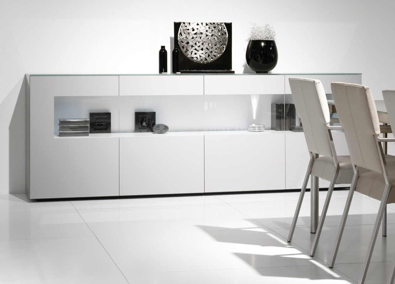 Karat wit hoogglans vitrine dressoir
