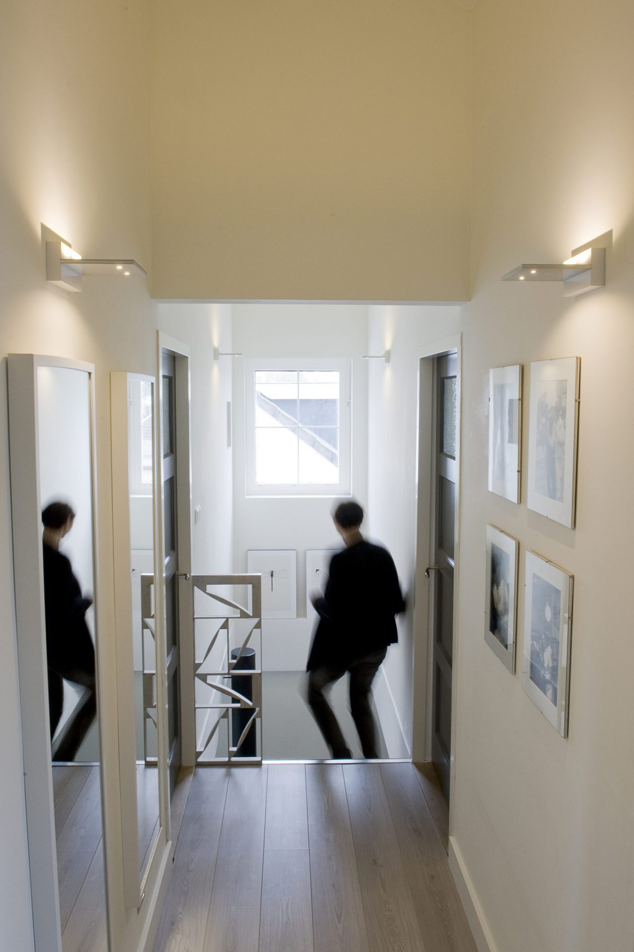 PIXEL Wall Basic FERROLIGHT in de gang   Hoogebeen Interieur