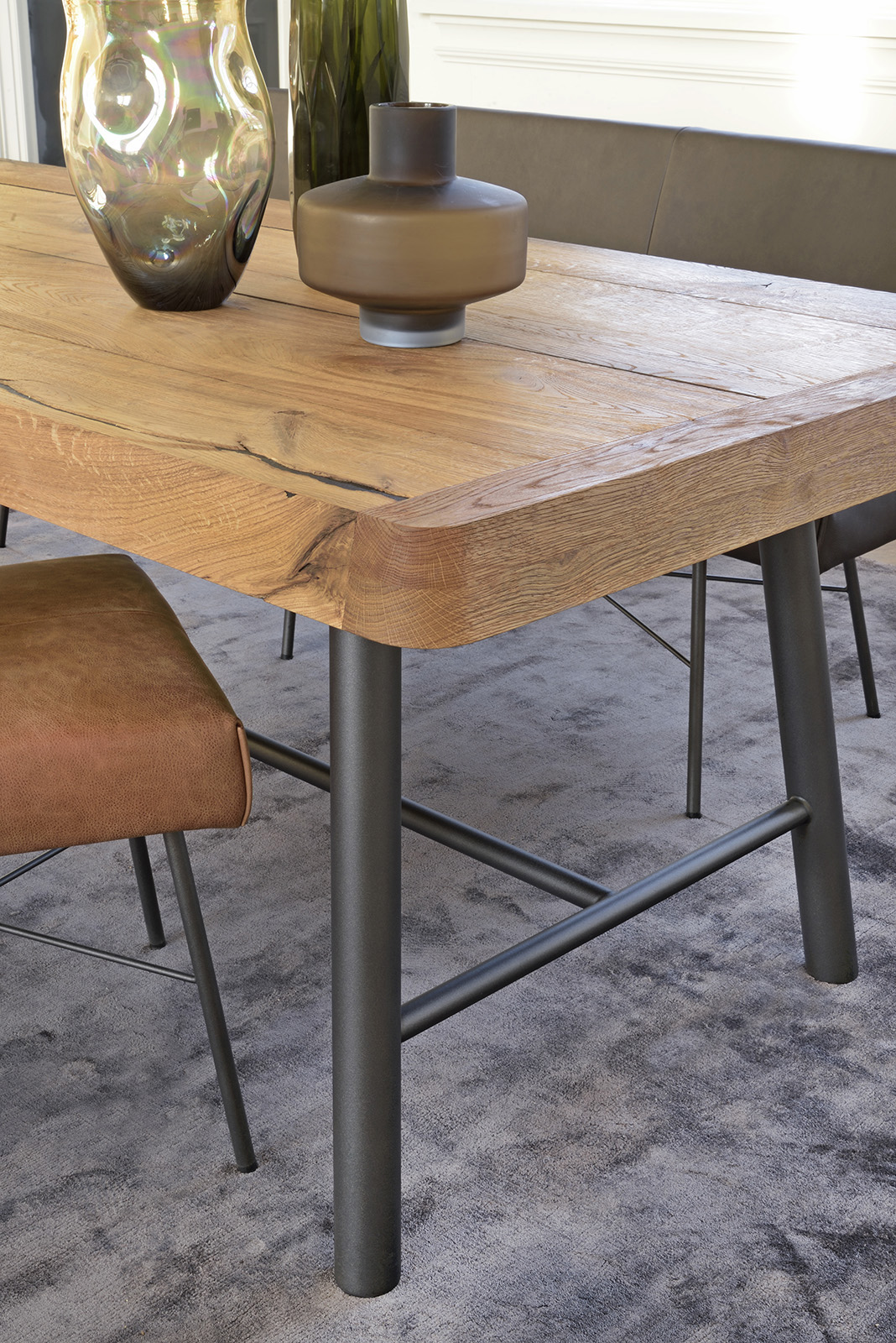 Mount tafel, Berck bankje en Marigold stoel. Brown by Bert Plantagie