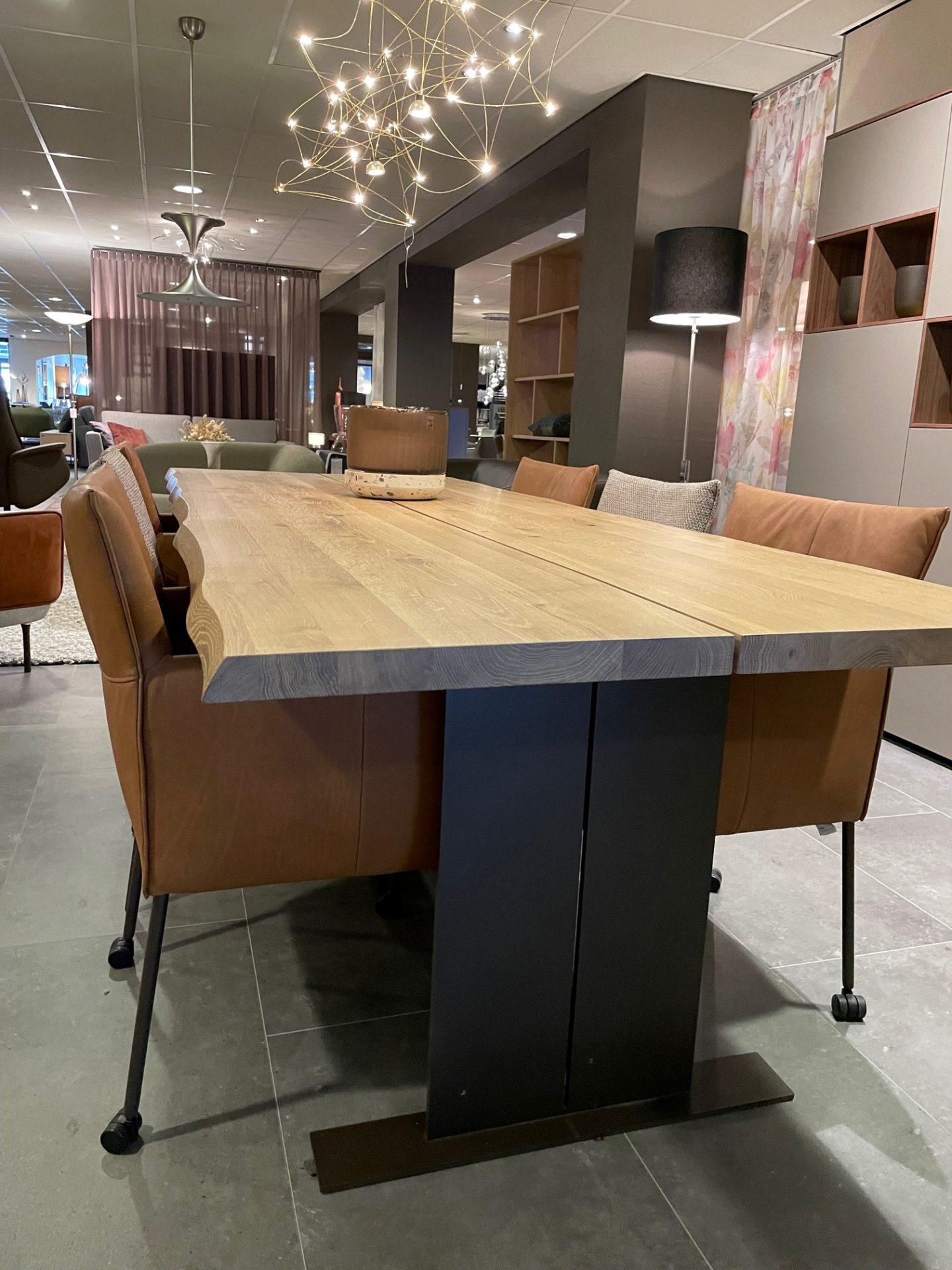 Bert Plantagie Fidan eettafel showroommodel