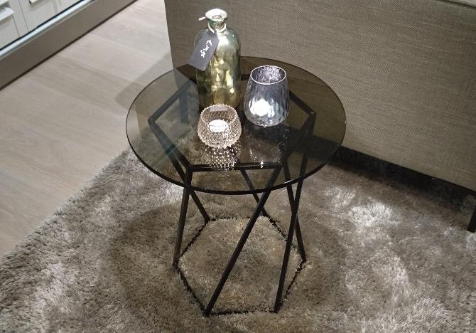 Metaform Torquent side table glass   Hoogebeen